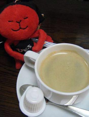 ひだっちとコーヒー.jpg
